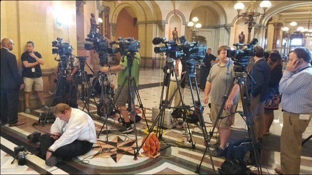 TV cameras lined-up for Gov. Bruce Rauner's news conference on the lack of a budget at the end of the General Assembly's spring session. Courtesy: Blueroomstream.com