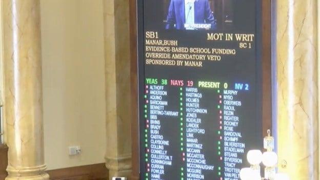 Illinois Senate Overrides Governor's School Funding Veto