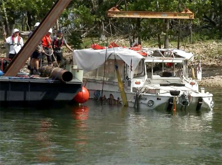 NTSB: Recordings show change in weather before boat sank
