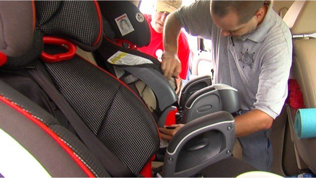 WHITTINGTON Law Enforcement Officials In Southern Illinois Are Showing Parents And Grandparents How A Majority Of Childrens Car Seats Not Properly