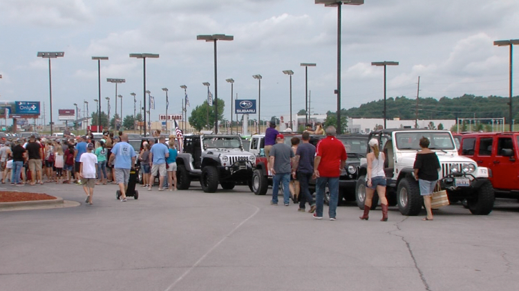 MARION, Ill. — Hundreds of people, and their Jeeps, gathered at Absher-Arnold in Marion Saturday morning for a day of fun and fundraising for St. Jude ...