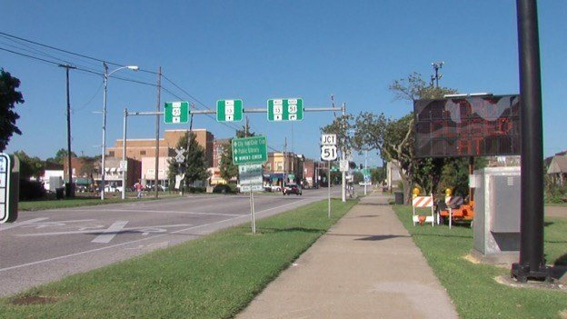 Illinois Route 13 Westbound at Railroad crossing
