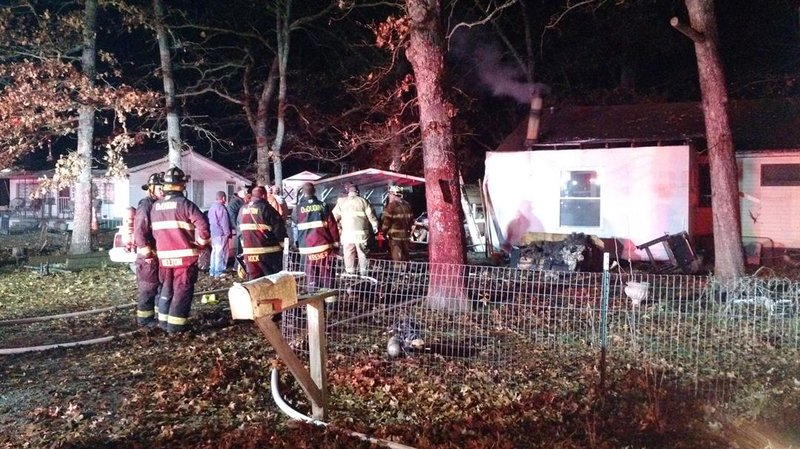 Du Quoin Fire Department responds to house fire on Thanksgiving Day.