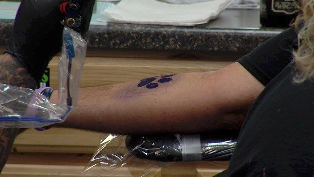 Tattoos For Rescues Raises Money For Local Shelter Wsil Tv 3