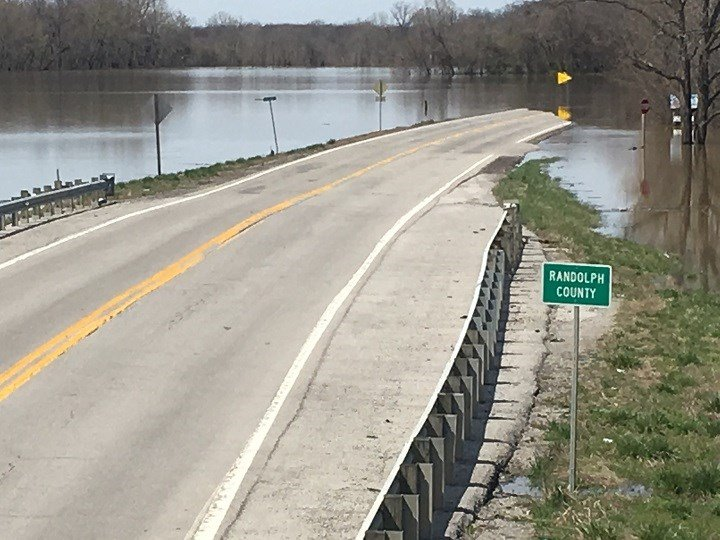 Route 3 closed due to flooding - WSIL-TV 3 Southern Illinois
