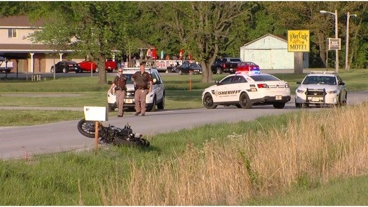 Man dies from injuries in motorcycle-car crash in Carterville - WSIL