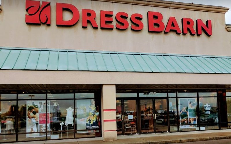 91a34b7fb7 (WSIL) -- Dressbarn is the latest retail chain to announce it is closing  its doors. The chain on Monday announced it will be closing all 650 stores  ...
