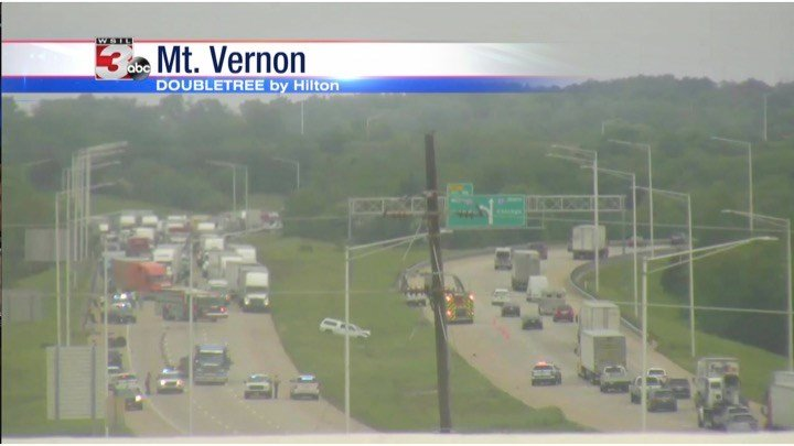 All lanes back open after crash shuts down part of I-57 and I-64